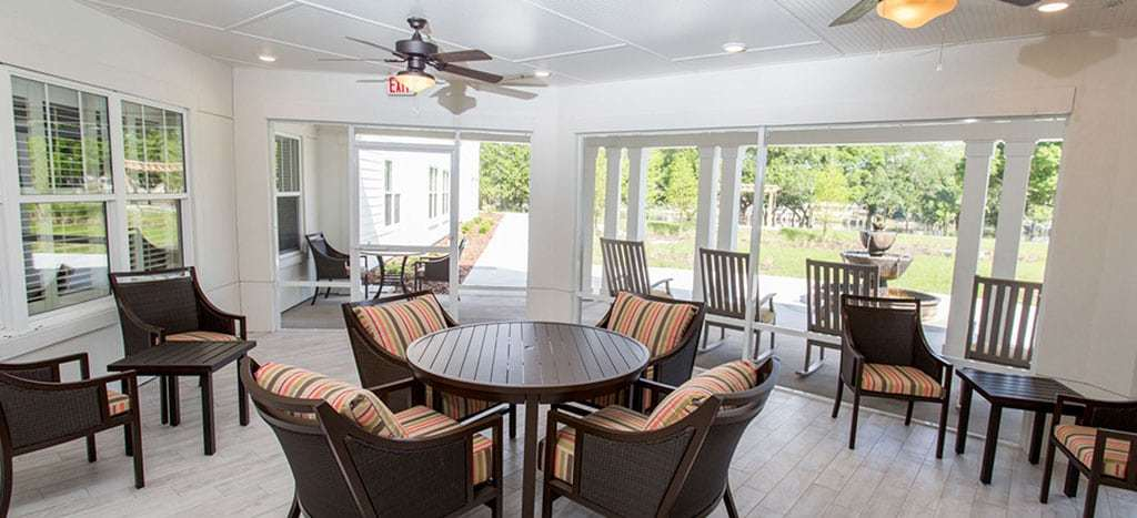 covered porch at the crossings at riverview
